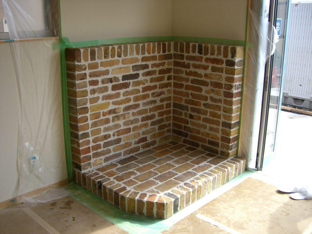 暖炉用防火壁